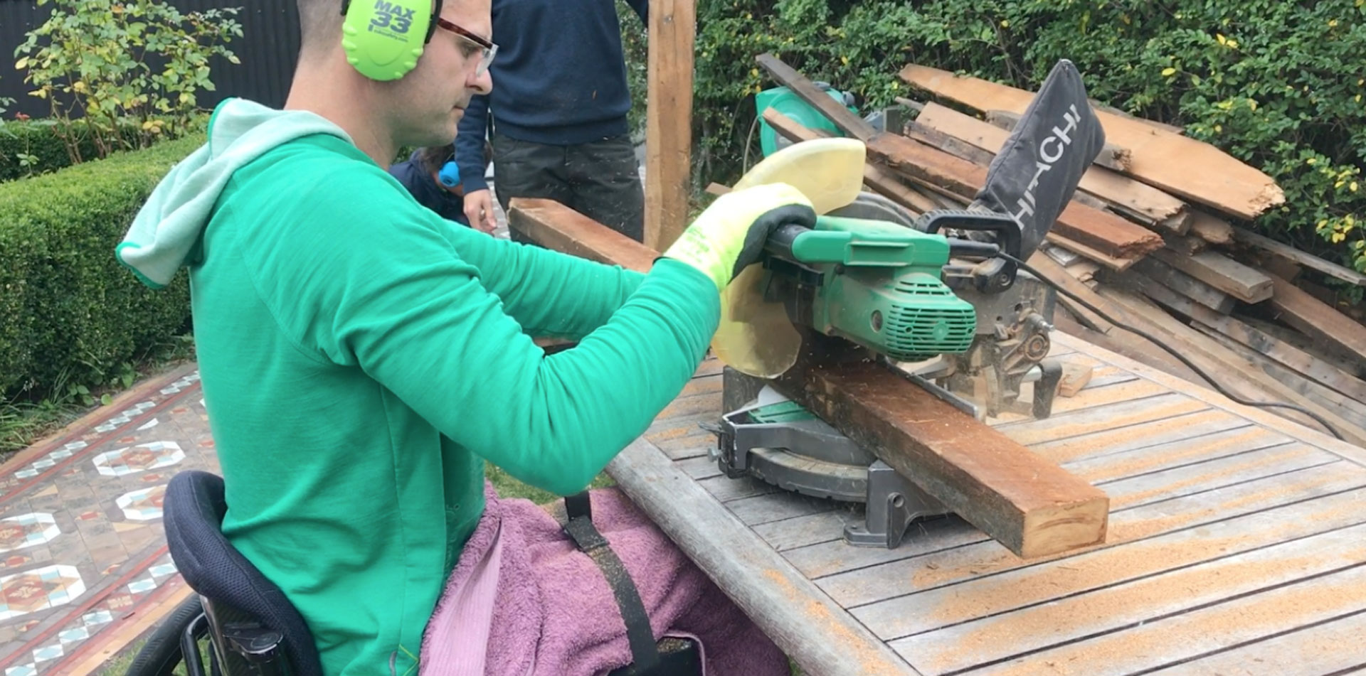 Powertools and sawdust can make you happy